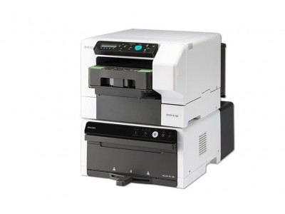 RICOH Ri 100 DTG printer (Direct to Garment) med värmestation