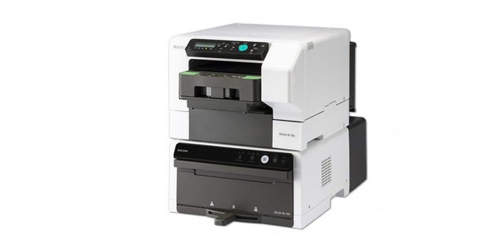 RICOH Ri 100 DTG printer (Direct to Garment) med värmestation
